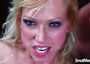 Flexy busty mommy likes rough sex
