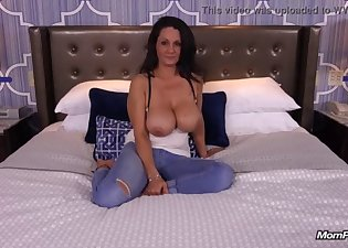 Busty MILF is becoming a pornstar