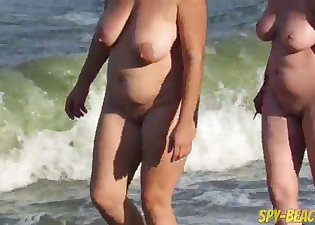 Spotted the hottest mature on the beach